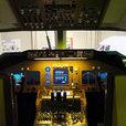 B747-400 の Cockpit モデル