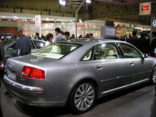 Audi A8L W12-Q